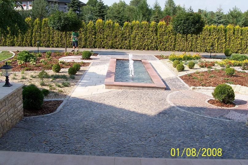 Fontanna granitowa w Jaworznie